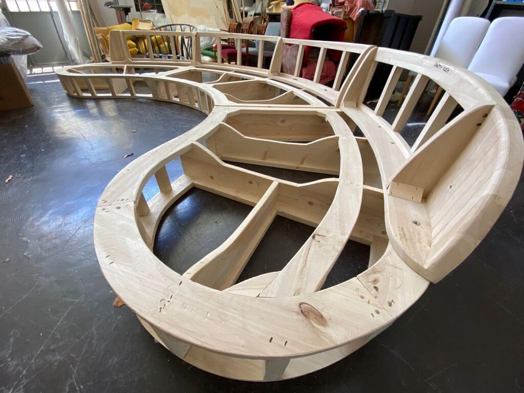 Foto di Che fusti! Il legno massello di pioppo.